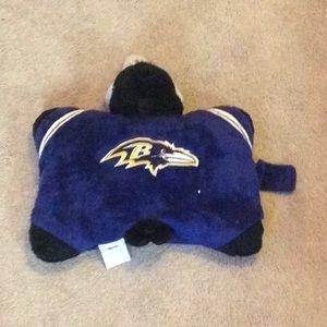 Ravens pillow pet